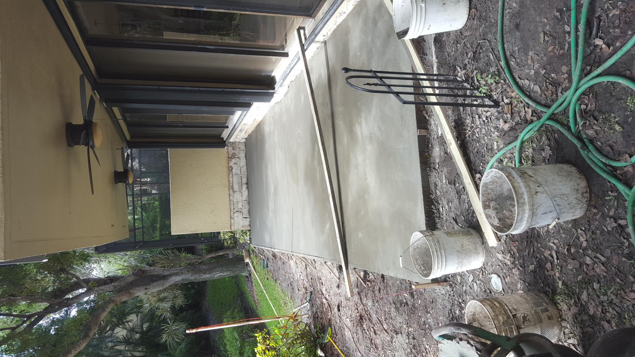 Poured-concrete-Louis-B